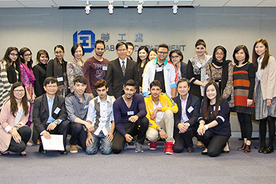LD organises development workshops for the working Ambassadors to help them further adapt to the work and plan their careers. The former Commissioner for Labour, Mr Donald Tong Chi-keung, made a visit to the workshop to have exchange with the Ambassadors.